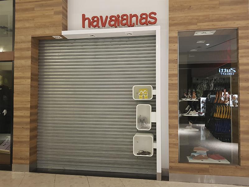 Metal Nobre - Portas de Enrolar Automatizadas